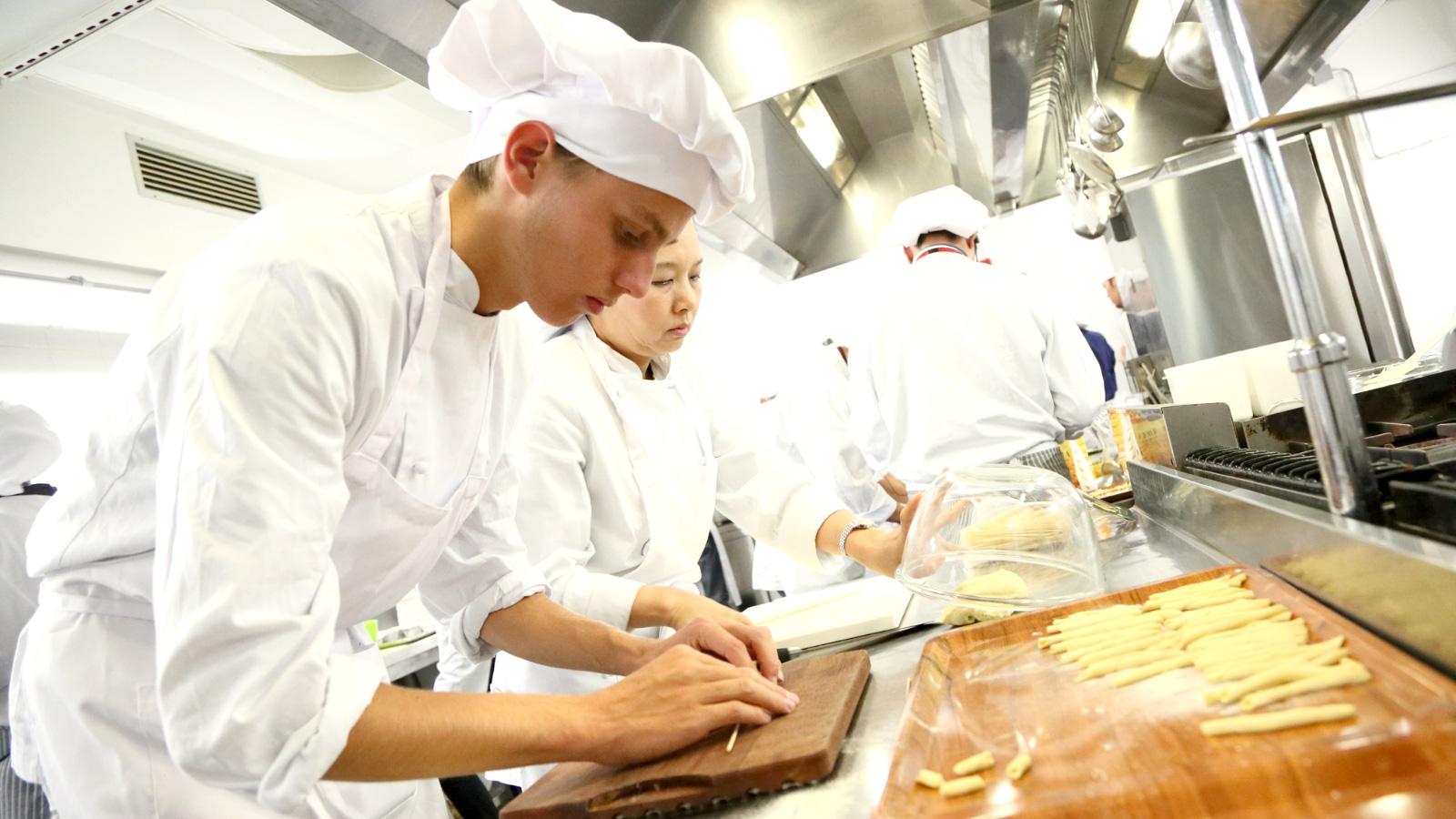 イタリア料理専門学校